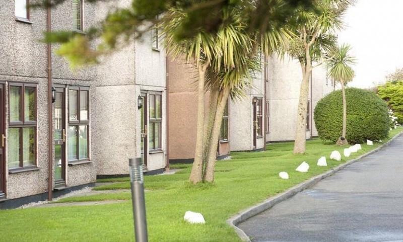 3 bedroom Holiday House In Perranporth. Sleeps 6