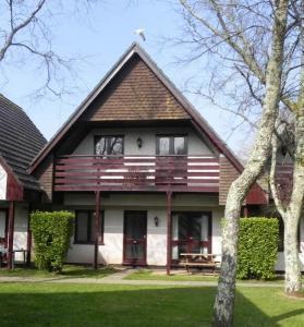 4 Bedroom Holiday Cottage In Hayle. Sleeps 8