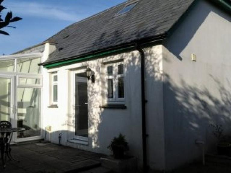 Dog Friendly Holiday Cottage In Bude. Sleeps 4