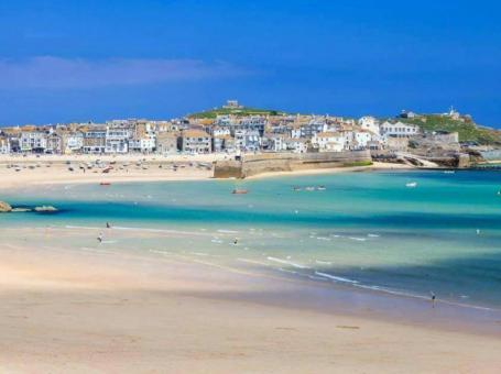 Holidays Cornwall Features