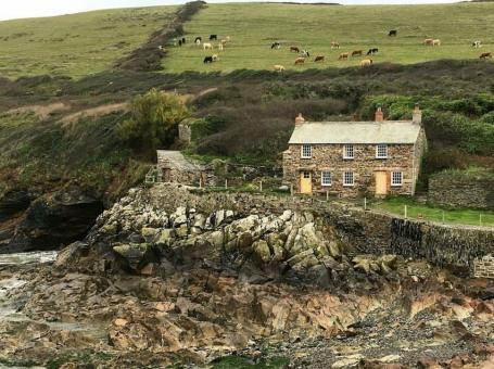 What You Need to Know About Holidays Cornwall