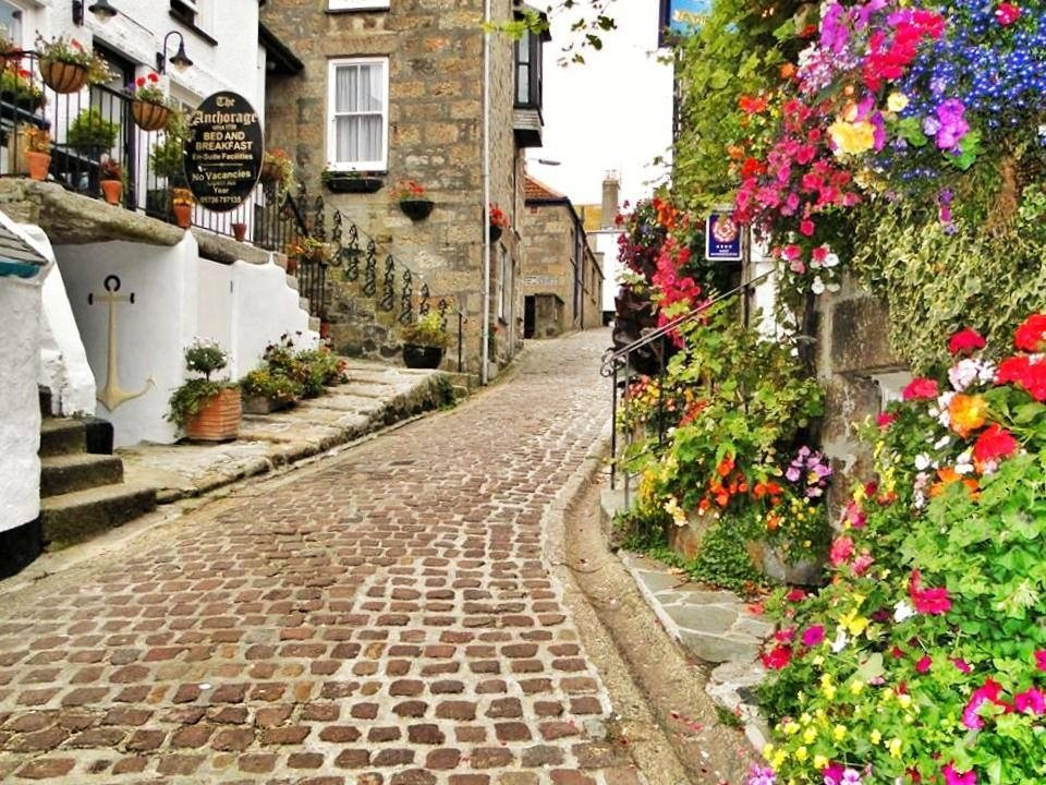 walking the cobbles at St Ives