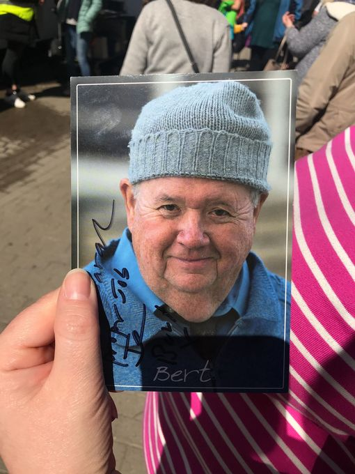 Autograph from Ian McNeice (Image: Simon Heester)