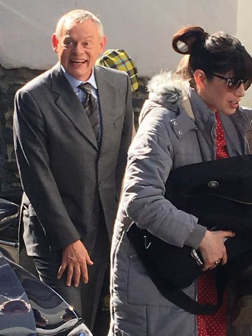 Martin Clunes and Caroline Catz arrive in Port Isaac (Image: Simon Heester)