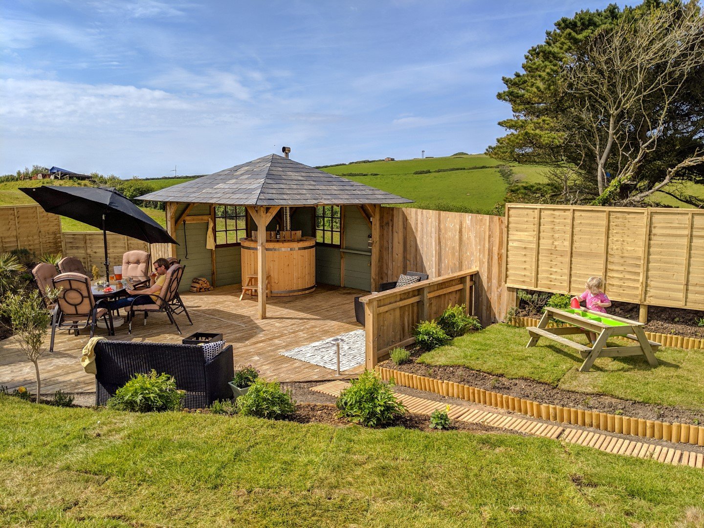 Cosy Nook Retreat – Newquay, Luxury Caravan With Private Hot Tub And Gardens