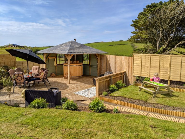 Easter - Holidays in Cornwall with private hot tub. Static Caravans in Newquay