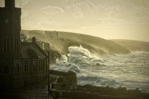 Storm Watching | Christmas in Cornwall 2020